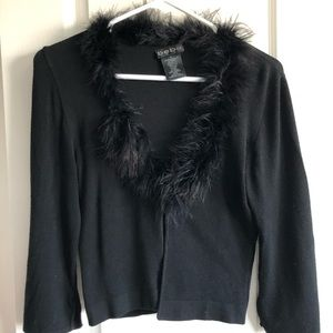 ✨3 for $60✨Vintage Bebe Black shrug with feathers